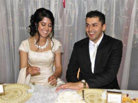 sa man  admitted  killing wife  australia awaits