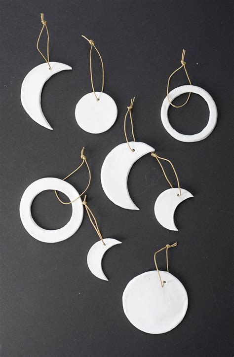 Garland Home Decor 19 Minimalist Christmas Decorations To Diy This Weekend