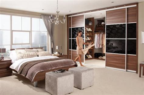 Master Bedroom Closet Design Ideas by 33 Walk In Closet Design Ideas To Find Solace In Master