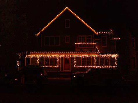 c7 christmas icicle lights broomfield co residence white c7 and icicle lights on house clear mini lights wrapping of