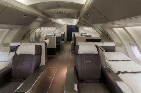 boeing 747 cabin boeing 747 400 lufthansa magazin
