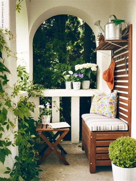 kleinen balkon gestalten platzsparende moebel kleinen balkon gestalten coole ideen