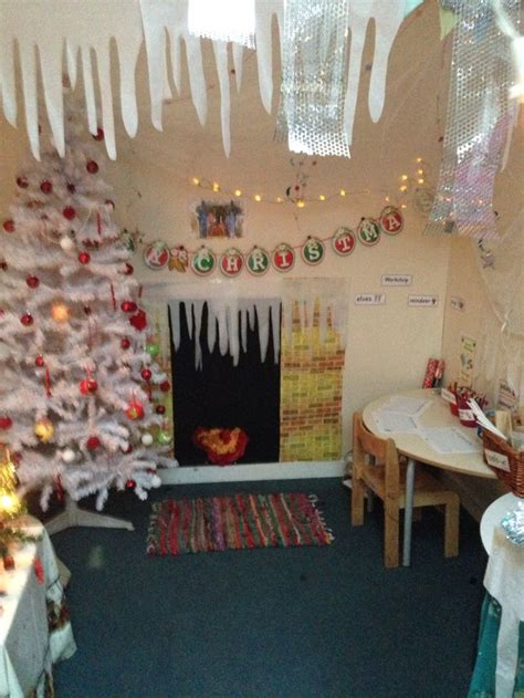 best christmas role play 96 best aistear images on day care activities and diy
