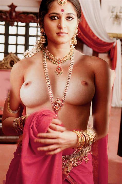 Big Boobs Nude Indian Actress Bollywood Porn