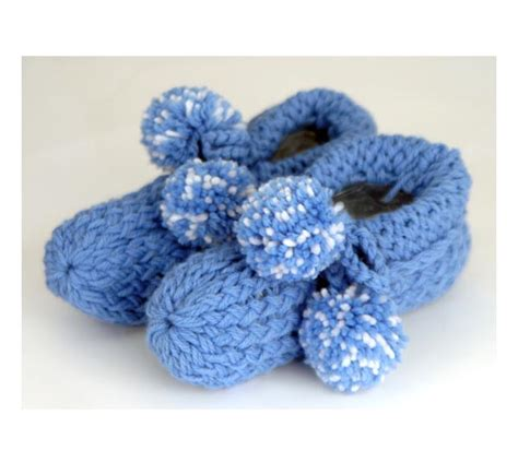 loom knit slippers http www provocraft projects projects php prdindex