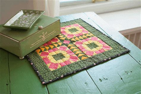Small Patchwork Projects Free - free patterns for mini quilts allpeoplequilt
