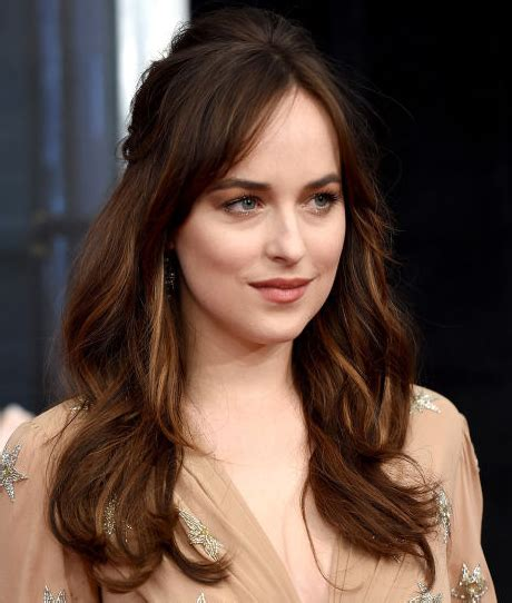 how to get hair like dakota johnson what is hair color of dakota johnson dakota johnson s