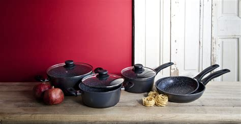 cucinare con padelle in pietra padelle in pietra il sapore genuino della cucina dalani