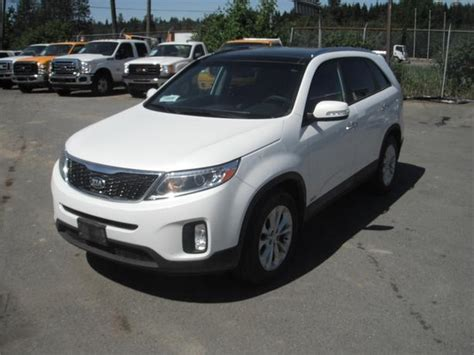 2015 kia sorento ex v6 awd outside okanagan okanagan