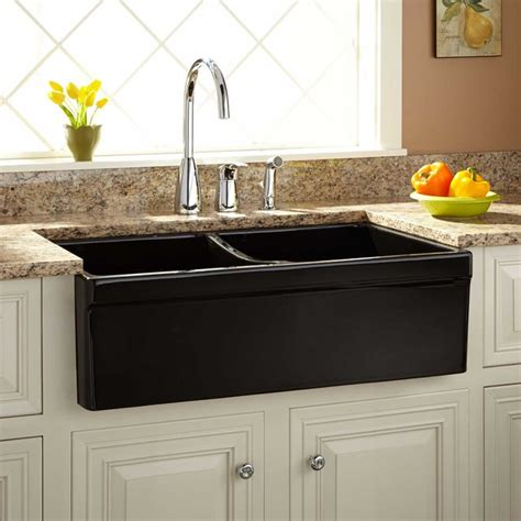apron style kitchen sinks 33 quot fiammetta bowl fireclay farmhouse sink belted