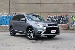 2017 mitsubishi outlander review autoguide news