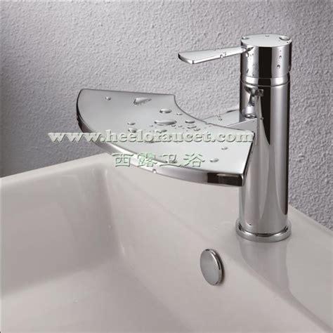 rubinetti bagno a cascata bagno in ottone rubinetti miscelatore lavabo cascata