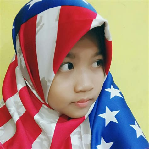 Jilbab Anak Gadiza Anak Gadis Selfie Dan Jilbab Amerika
