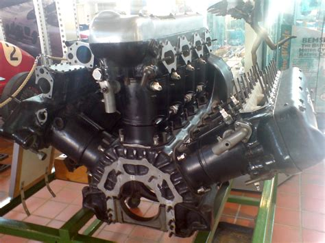 W12 Engine file w12 brooklands museum jpg