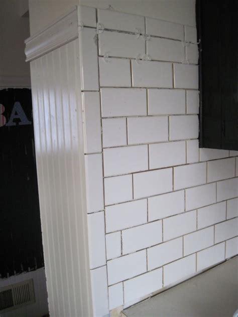Ceramic Subway Tiles For Kitchen Backsplash Subway Ceramic Tiles Kitchen Backsplashes Tile Design Ideas