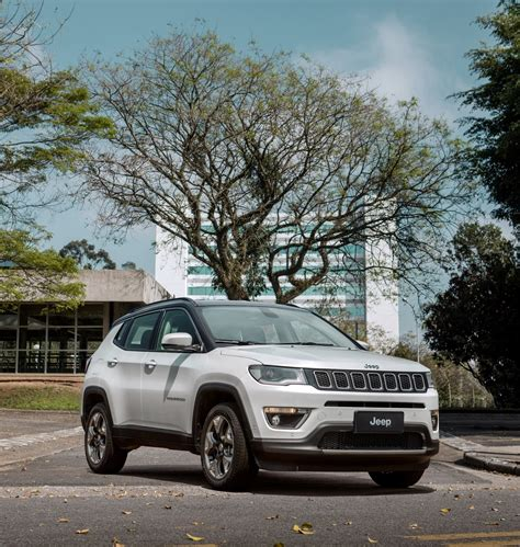 european jeep jeep will debut euro spec compass at 2017 geneva motor