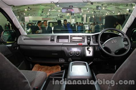Toyota Hiace 2014 Interior toyota hiace auto expo 2014 interior indian autos