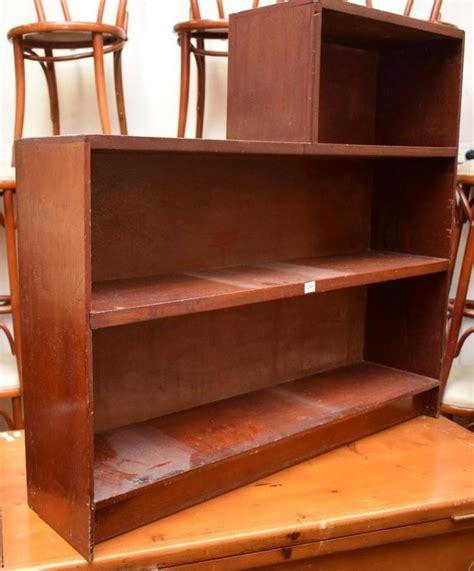deco step bookshelf