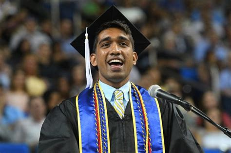 Ucla Mba Commencement 2017 by Be Relentless New Ucla Graduates Are Told Ucla