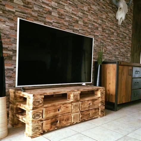 Meubles En Palettes by 1001 Id 233 Es Meuble Tv Palette Le Recyclage En Cha 238 Ne
