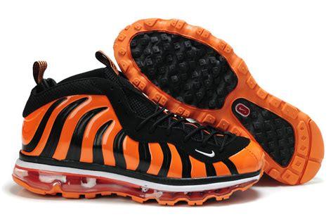 black and orange basketball shoes orange and black shoes www shoerat
