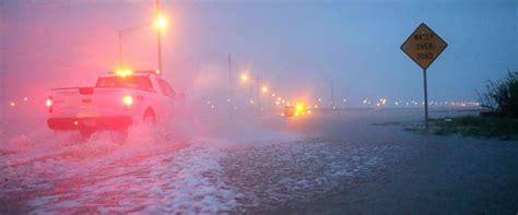 hurricane florence  category  moves  bermuda