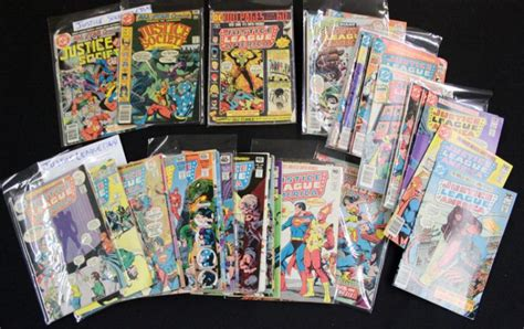 A 195 179 S 198 161 Mi G 195 A R 225 186 187 lot of 55 comic books justice league of america o justic