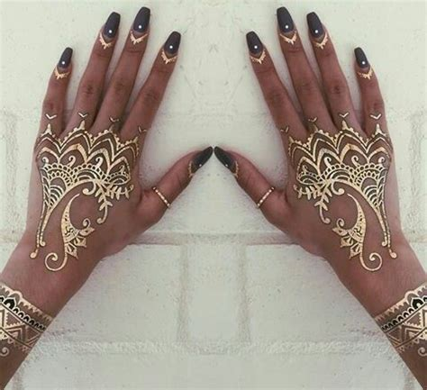 hand tattoo gold all that glimmers the prettiest henna tattoos on