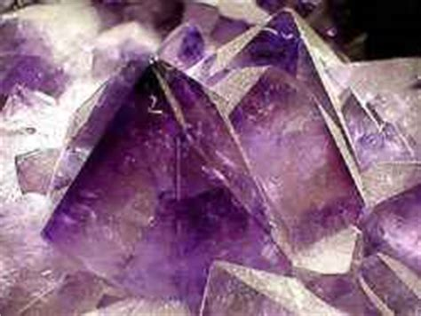 what gives the gem amethyst its purplish color coolminiornot forums