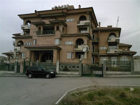 house photo panoramio photo of new style residence house yerevan