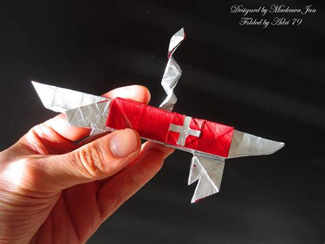Army Origami - origami weapons and armour you could almost take into battle