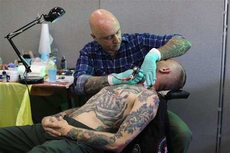 tattoo piercing shops convention