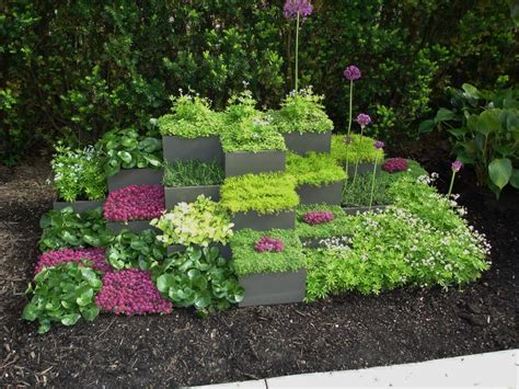 Small Container Garden Ideas Garden Landscaping Lovely Small Simple Home Garden Decorating Ideas Cube Container Garden