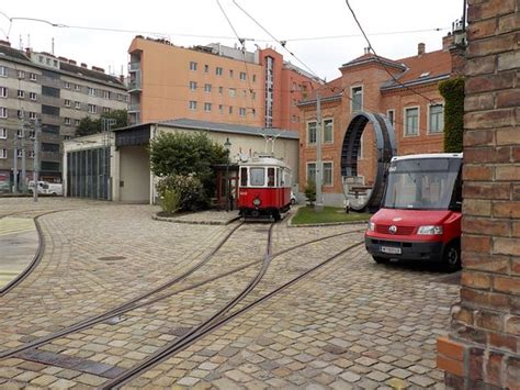 futon berlin wiener str tram billede af wiener strassenbahnmuseum