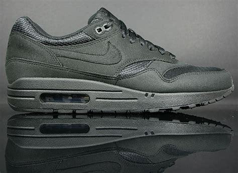Nike Air Max 1 Schwarz by Max Stoff Pictures News Information From The Web