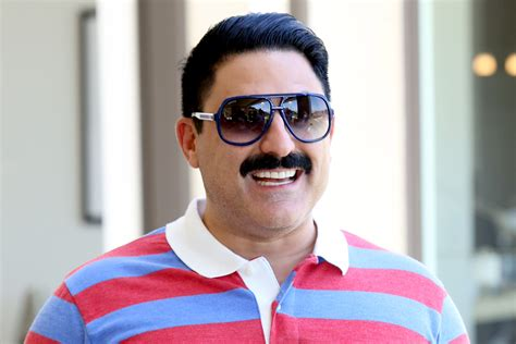 are shahs of sunset rich net worths for the shahs of reza shahs of sunset net worth reza from shahs of sunset