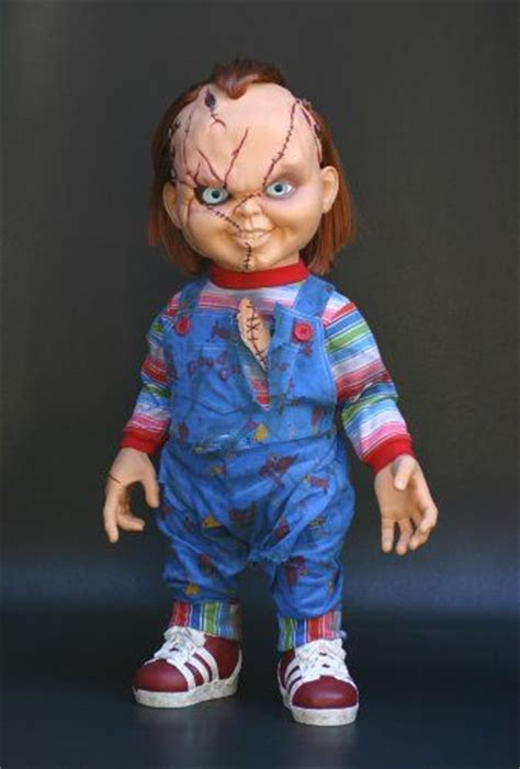 movie quality chucky doll spencers store stuff chucky doll spencers cool beans