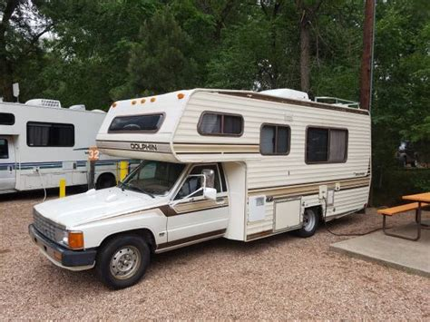 rvs excellent toyota dolphin motorhome  sale  owner