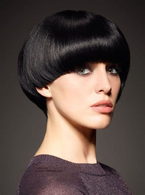 36 best bowl cut images on pinterest short wedge 25 best ideas about mushroom haircut on pinterest bowl