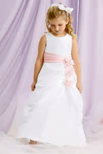 Flower girl dresses flower girl trends wedding planning ideas