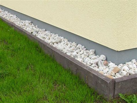 Recycled Mixed Plastic Border Edging   Kerb Stone   260 x 50mm Education
