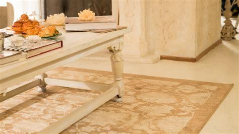 tappeti classici da salotto soggiorni classici arredamento e mobili di classe westwing