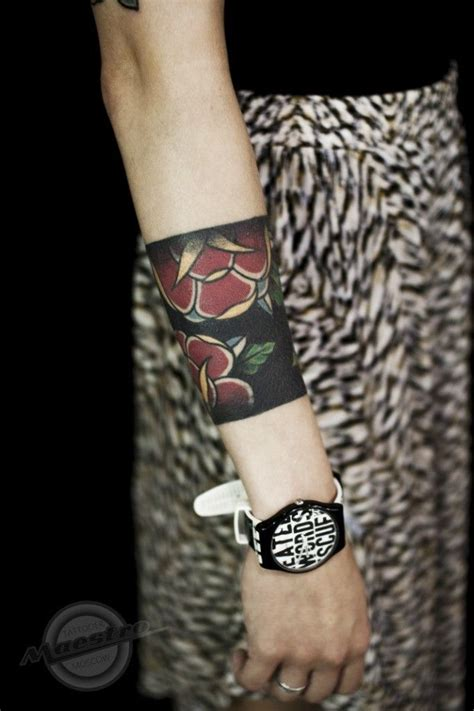 tattoo bands around wrist ink traditional tattoos traditional
