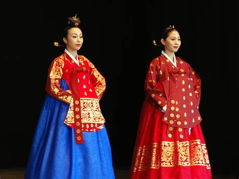 Hanbok Import Korea Free Sokchima 25 file korean costume hanbok dangui seuranchima 01 jpg