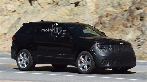 Jeep Grand Hp Jeep Grand Trackhawk Spied With Beefy Parts To