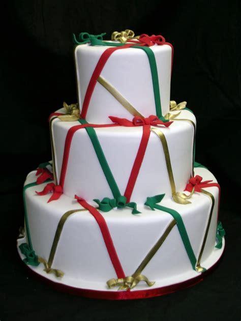 417 best Winter Wedding Cakes images on Pinterest   Winter