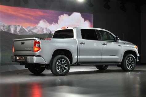 Toyota Tundra Recall 2014 Toyota Tundra Recalled For Airbag Flaw Gallery 1