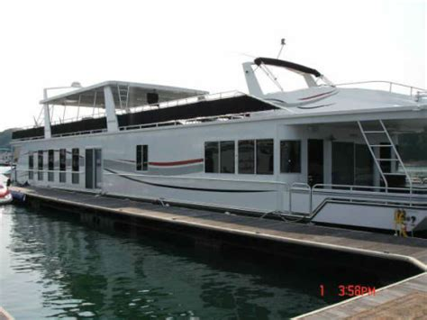 5 bedroom houseboat 2007 fantasy houseboat 20x102 5 bedroom 3 5 baths