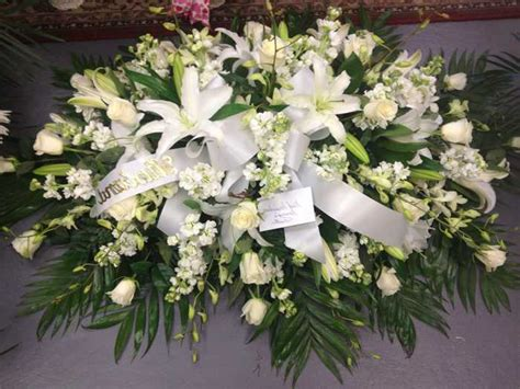 Best Flowers For Funeral by Flowers For Funeral For A Pictures Reference