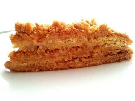 kuchen mit honig backen marlenka kuchen nuss honig kuchen mit dulce de leche